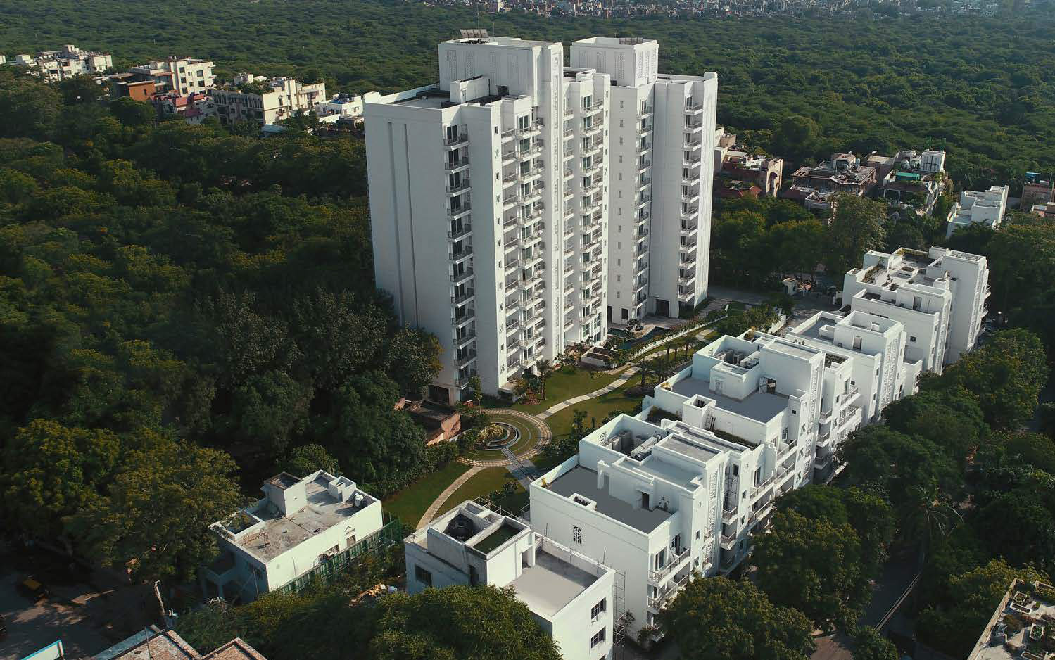 DLF Kings Court